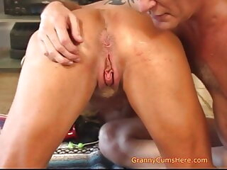 Is YOUR Granny like US amateur blowjob creampie